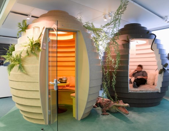 Beehive shaped meeting spaces