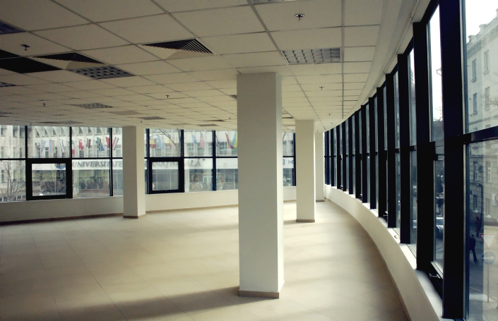 modern-business-office-space